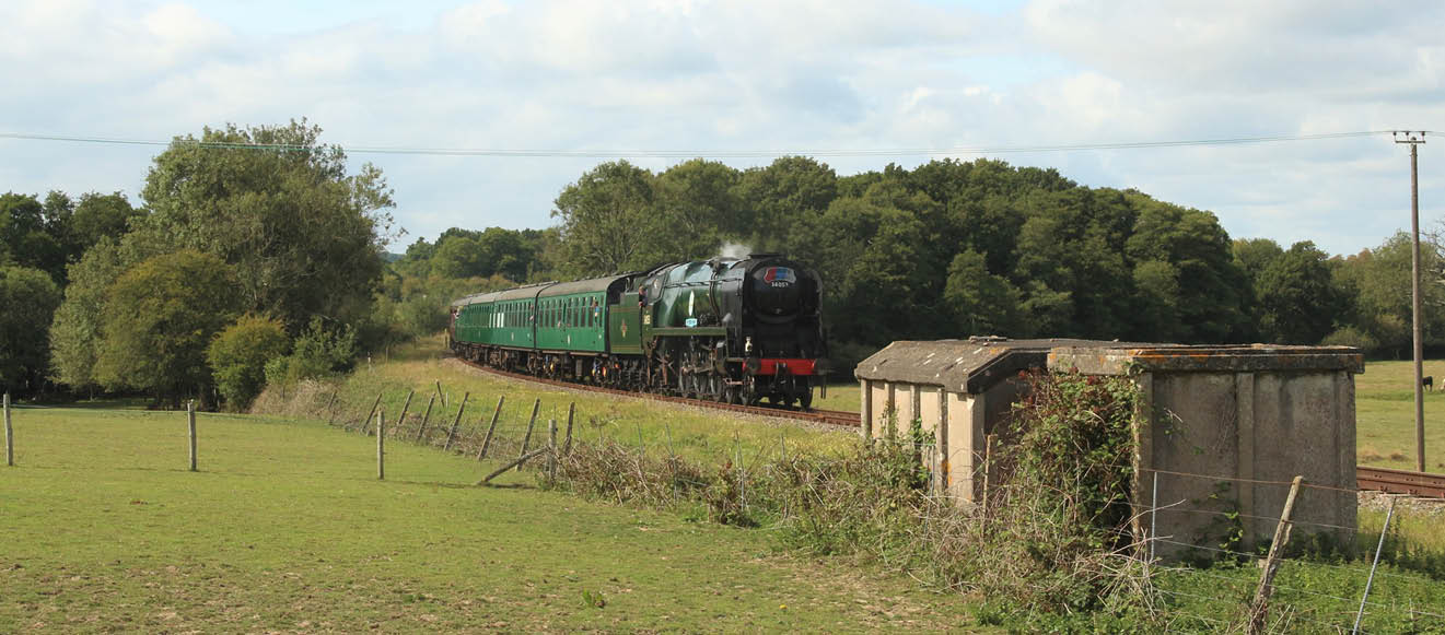 Christmas and New Year's 'Sir Keith Park' Steam Hauled Mince Pie Specials